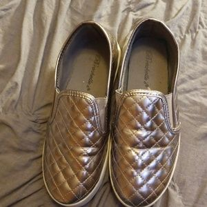 Shoes - Cute pewter colored shoes